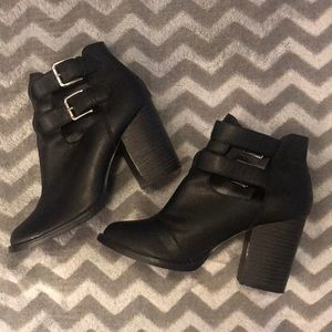 New Look black heeled ankle boot